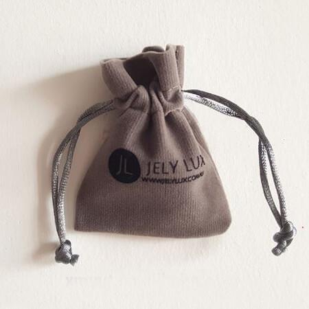 Drawstring velvet pouch with Logo 5