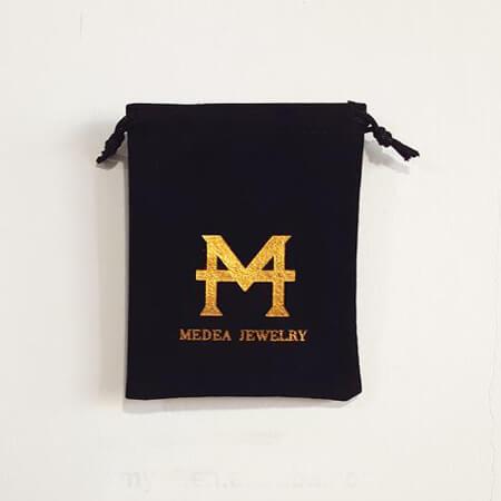 Black velvet drawstring gift bag 4
