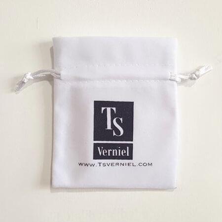 White velvet jewelry pouch custom logo 2