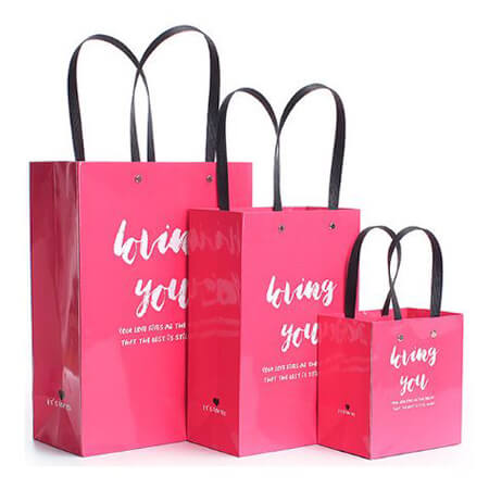 Glossy red packaging paper bag 2