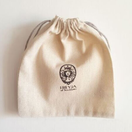 Small jute bags with logo 3