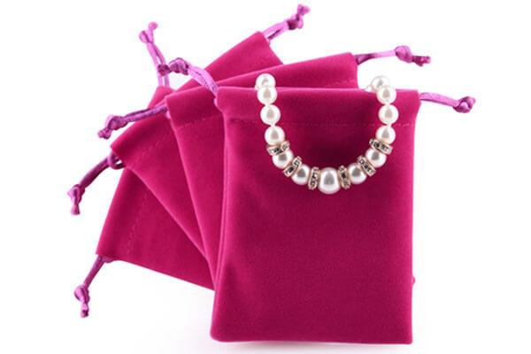 bracelet velvet pouch 2
