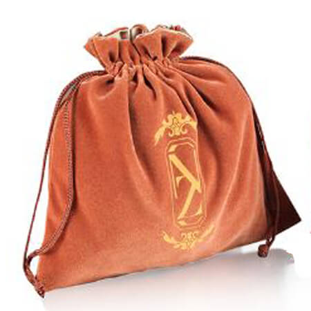 Velvet jewelry gift drawstring bag 4