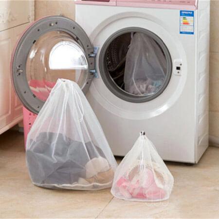 Mesh laundry bag with drawstring 3