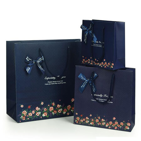 Luxury art paper bags with ribbon 2